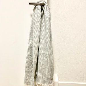 NEW Marine Layer scarf